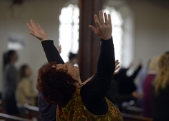 The changing religious landscape in New London | December 19. 2014 | 11 Photos