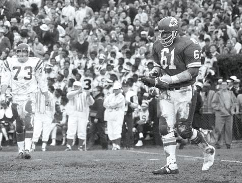 Kansas City defensive tackle Curley Culp heads towards the sidelines after losing a shoe during Super Bowl IV against Minnesota on Jan. 11, 1970. Culp was selected to the Pro Football Hall of Fame Saturday.