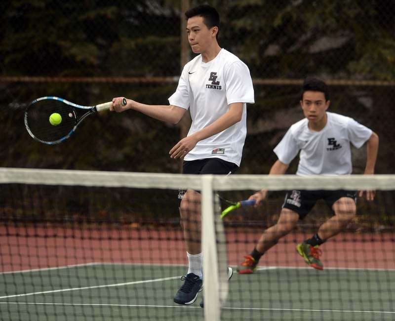 East Lyme's Davon Chen, left, and Eric Gu are the reigning ECC doubles champs and are back to lead the Vikings, who will be vying for their 11th straight ECC divisional championship in 2018. (Dana Jensen/The Day)